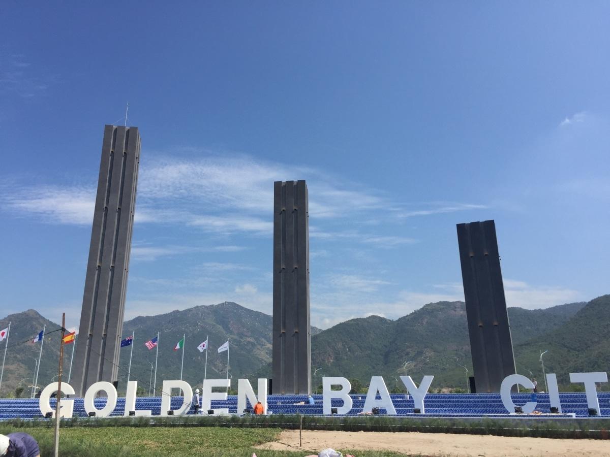 Quảng Trường Golden bay