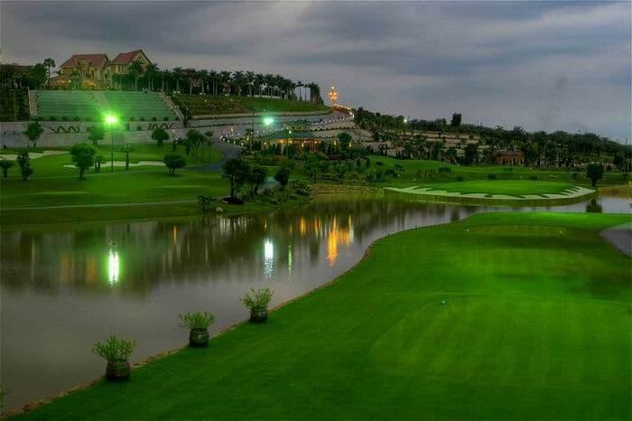 Sân Golf Long Thành Về Đêm