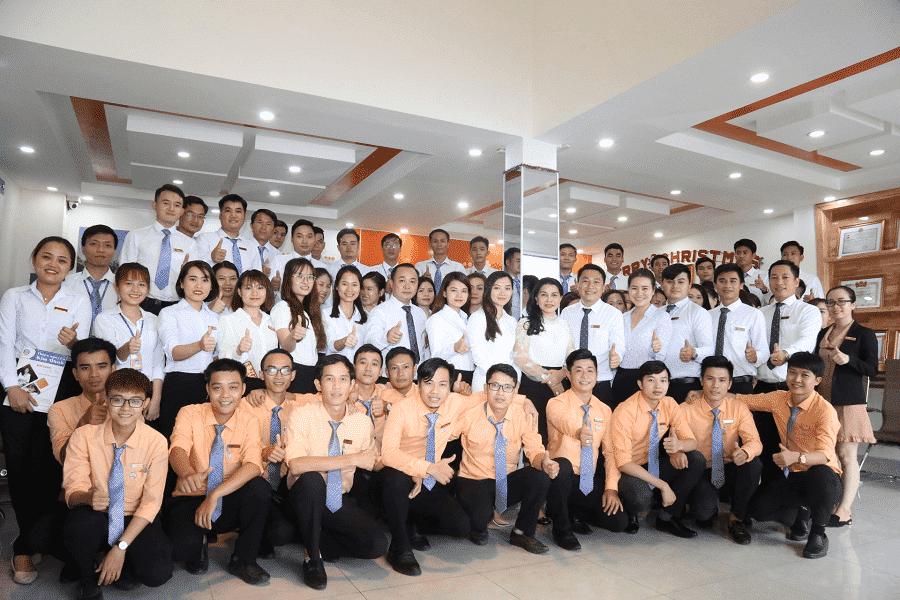 Đội ngũ nhân sự của Địa Ốc Kim Oanh